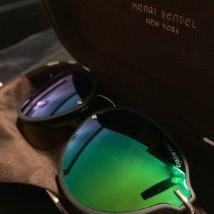 Henri Bendel Lily Round Sunglasses- BRAND NEW!*